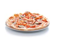 poznań pizza wegańska z cukinią papryką i pieczarkami